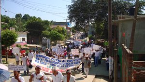 peaceful protest of communities in the Oaxaca state against the installation of hydroelectric project @EDUCA-Oaxaca